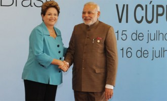 Prime Minister, Shri Narendra Modi being received by the President of Brazil, Ms. Dilma Rousseff, on his arrival at the Ceara Events Centre for the Sixth BRICS Summit, at Fortaleza, Brazil