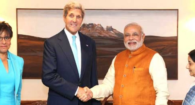 Kerry meets Modi, says Obama keen on productive Washington summit