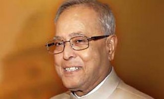 Indian President Pranab Mukherjee greets Trinidad and Tobago on national day