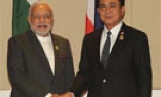 Prime Minister Narendra Modi meeting the Prime Minister of Thailand Gen. Prayut Chan-o-cha, at Nay Pyi Taw, Myanmar