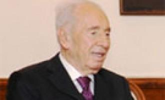 Former President of Israel, Shimon Peres calls on the Prime Minister Narendra Modi