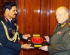 Chief of Army Staff, General Dalbir Singh exchanging memento with the Commander-in-Chief (C-in-C) of Russian Land Forces, Col. Gen. Salukov Oleg Leonidovich, in New Delhi