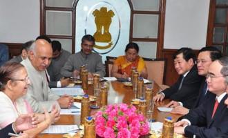 Lok Sabha Speaker Smt. Sumitra Mahajan with a Delegation led by H.E. Mr. Nguyen Thien Nhan, Politburo Member and President, Vietnam Fatherland Front