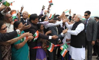 Wonderful being in Seoul, says Modi to enthusiastic welcome