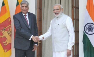 The Prime Minister, Narendra Modi meeting the Prime Minister of the Democratic Socialist Republic of Sri Lanka, Ranil Wickremesinghe