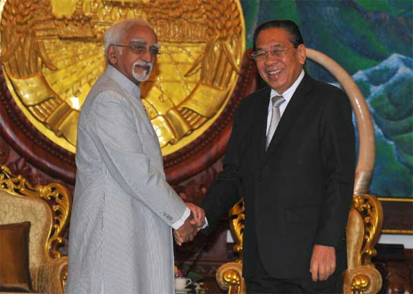 The Vice President, Mohd. Hamid Ansari meeting the President of Lao PDR, Choummaly Sayasone, at Presidential Palace, in Vientiane.