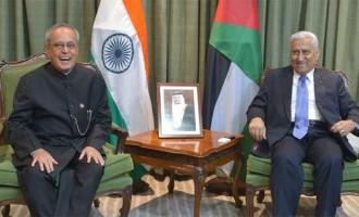 President, Pranab Mukherjee and the Prime Minister of Jordan, Dr. Abdullah Ensour in a restricted meeting, in Amman, Jordan.