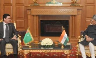 Vice President, Mohd. Hamid Ansari meeting the President of Turkmenistan, Gurbanguly Berdimuhamedow