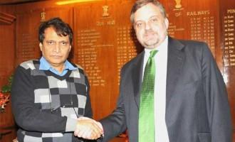 Ambassador of Spain to India, Gustavo De Aristegui meeting the Union Minister for Railways, Suresh Prabhakar Prabhu, in New Delhi