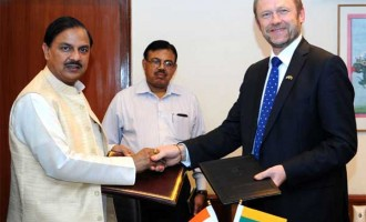 MoS for Culture (IC), Tourism (IC) and Civil Aviation, Dr. Mahesh Sharma and the Minister of Culture, Lithuania,