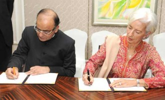 Minister for Finance, Corporate Affairs and I&B, Arun Jaitley and the Managing Director, International Monetary Fund (IMF), Christine Lagarde