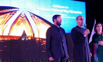 Shri Prakash Javadekar, Minister of State (IC) of Environment, Forests & Climate Change with Pakistan High Commissioner, Shri Abdul Basit on the eve of Pakistan National Day