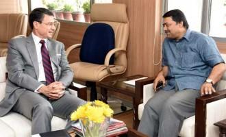 German Ambassador to India, Dr. Martin Ney meeting the Secretary, Ministry of Water Resources, River Development and Ganga Rejuvenation, Shashi Shekhar
