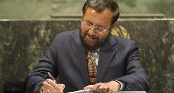 Javadekar signs historic agreement pledging India to fight climate change