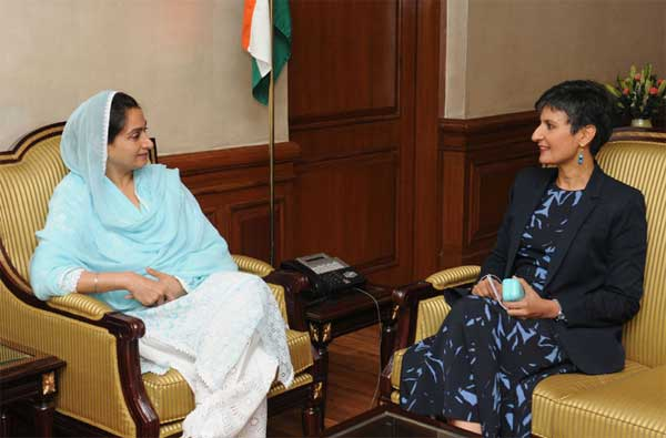The Australian High Commissioner to India, Harinder Sidhu meeting the Union Minister for Food Processing Industries, Harsimrat Kaur Badal, to discuss regarding Australia-India relations and engagement in food processing sector, in New Delhi.