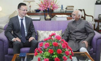Minister of Foreign Affairs and Trade of Hungary, Peter Szijjarto calling on the Vice President, M. Hamid Ansari