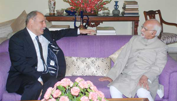 The Ambassador of Tunisia to India, Tarek Azouz calling on the Vice President, M. Hamid Ansari, in New Delhi.