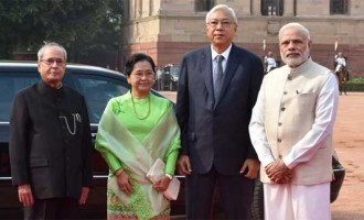 President of Myanmar, Htin Kyaw being received by the President, Pranab Mukherjee and the Prime Minister, Narendra Modi,