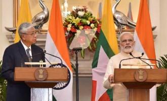 Prime Minister, Narendra Modi with the President of Myanmar, Htin Kyaw in joint media briefing