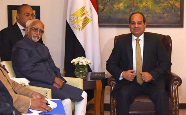 Vice President, M. Hamid Ansari calling on the President of the Arab Republic of Egypt, Abdel Fattah el-Sisi, in New Delhi.