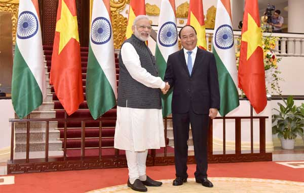 The Prime Minister, Narendra Modi meeting the Prime Minister of Socialist Republic of Vietnam, Nguyen Xuan Phuc, at the Presidential Place, in Hanoi, Vietnam on September 03, 2016.