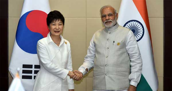 The Prime Minister, Narendra Modi meeting the President of South Korea, Park Geun-hye, on the sidelines of the 14th ASEAN-India Summit, at Vientiane, Lao PDR on September 08, 2016.