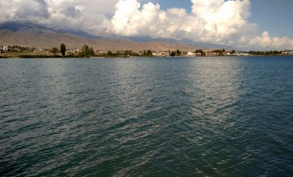 Diplomacyindia.com TRAVEL VIDEO of Issy-kul Lake, Kyrgyzstan