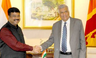 MoS for Petroleum and Natural Gas (IC), Dharmendra Pradhan calling the Prime Minister of the Democratic Socialist Republic of Sri Lanka, Ranil Wickremesinghe,