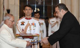 Ambassador-Designate of Romania, Radu Octavian Dobre presenting his credentials to the President, Pranab Mukherjee