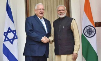 Prime Minister, Narendra Modi with the President of Israel, Reuven Rivlin, at Hyderabad House