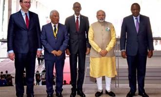 Prime Minister, Narendra Modi with the President of Kenya, Uhuru Kenyatta, the President of Rwanda,