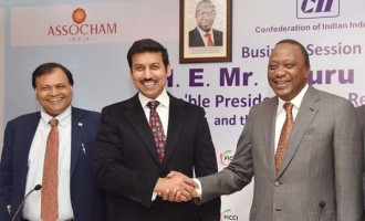 Minister of State for I&B, Col. Rajyavardhan Singh Rathore with the President of Kenya, Uhuru Kenyatta