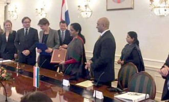 MoS for Commerce & Industry (IC), Nirmala Sitharaman and the Deputy Prime Minister of Croatia, Martina Dalic