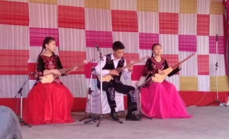 Diplomacyindia.com Exclusive Video : Kyrgyz Artist Performing at SurajKund Mela 2017