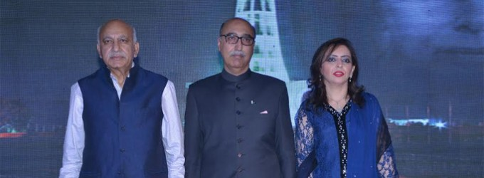 Minister of State for External Affairs, M J Akbar with Abdul Basit, High Commissioner of Pakistan at the reception of Pakistan National Day