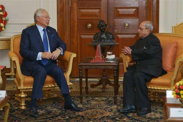 Dato' Sri Mohd. Najib Bin Tun Abdul Razak, Prime Minister of Malaysia, calling on the President of India, Pranab Mukherjee at Rashtrapati Bhavan on April 01, 2017.