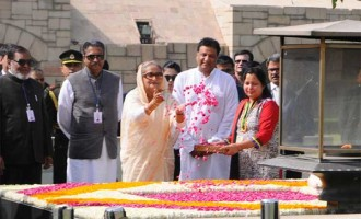 Prime Minister of Bangladesh, Sheikh Hasina paying floral tributes at the Samadhi of Mahatma Gandhi,