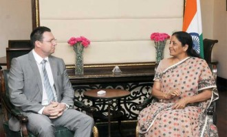 Secretary of State (Deputy Minister) for Commerce, Minister of Business Environment, Commerce and Entrepreneurship, Romania, Cristian Dima meeting the MoS for Commerce & Industry (IC), Nirmala Sitharaman