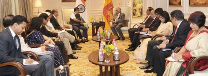 Minister for Road Transport & Highways and Shipping, Nitin Gadkari meeting the Prime Minister of the Democratic Socialist Republic of Sri Lanka, Ranil Wickremesinghe
