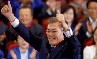 Moon Jae-in sworn in as South Korea's President