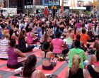 Thousands celebrate World Yoga Day in UAE