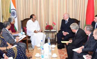 Vice President, M. Venkaiah Naidu calling on the President of the Republic of Belarus, Alexander Lukashenko,