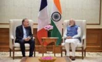 Modi invites French firms to benefit from investment opportunities
