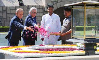 President, European Council, Donald Franciszek Tusk and the President, European Commission, Jean-Claude Juncker paying floral tribute