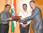 The Chairman, Railway Board, Ashwani Lohani witnessing the exchange of the Joint Declaration