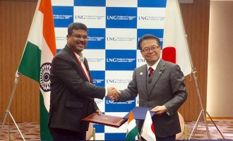 Minister for Petroleum & Natural Gas and Skill Development & Entrepreneurship, Shri Dharmendra Pradhan and the Minister of Economy, Trade and Industry of Japan, Mr. Hiroshige Seko exchanging after signing a Memorandum of Cooperation (MoC)