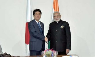 Prime Minister, Narendra Modi meeting the Prime Minister of Japan, Shinzo Abe, in Manila, Philippines
