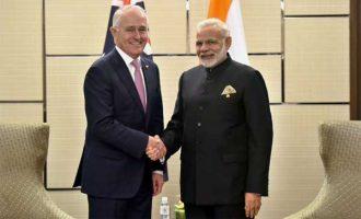 PM, Narendra Modi meeting the Prime Minister of Australia, Malcolm Turnbull, in Manila, Philippines