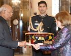 Ambassador Designate of Colombia, Clemencia Forero-Ucros presenting her credentials to the President, Ram Nath Kovind, at Rashtrapati Bhavan