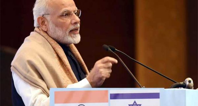 Modi invites Israeli defence firms to make in India, both countries pledge to fight terror